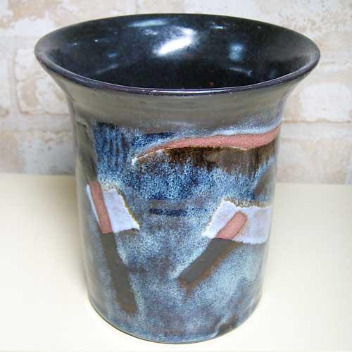 陶芸教室で作った複雑な模様になった素敵な花瓶