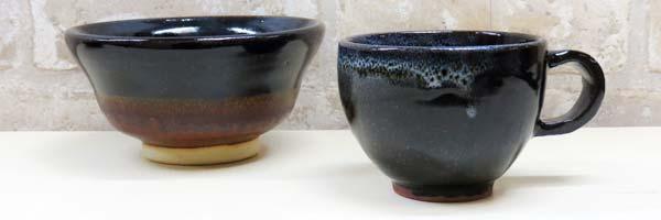 陶芸教室Futabaの電動ろくろで成形した本格黒鉢とコーヒーカップ