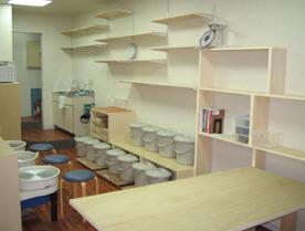 陶芸教室Futabaの陶芸工房の室内
