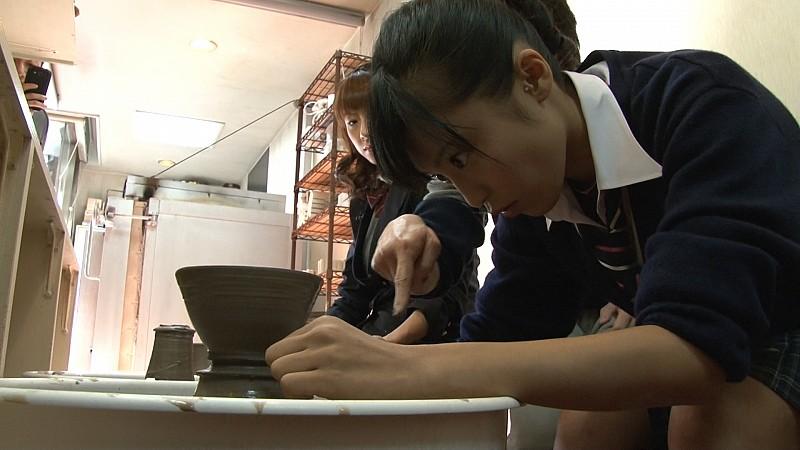Futabaで撮影している小島瑠璃子