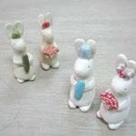 陶芸教室の陶芸体験プランで作った4匹のうさぎの小物