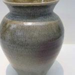 陶芸教室に置いてある価値のある大きな壺