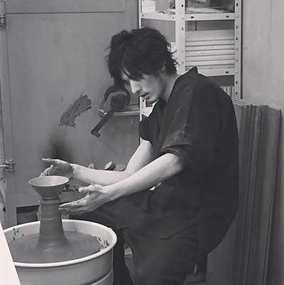 久保田悠来が陶芸教室Futabaで電動ろくろにチャレンジ